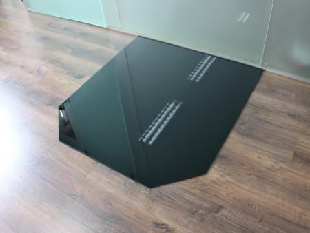 sechseck 85x110cm glas schwarz funkenschutzplatte kaminbodenplatte. Black Bedroom Furniture Sets. Home Design Ideas