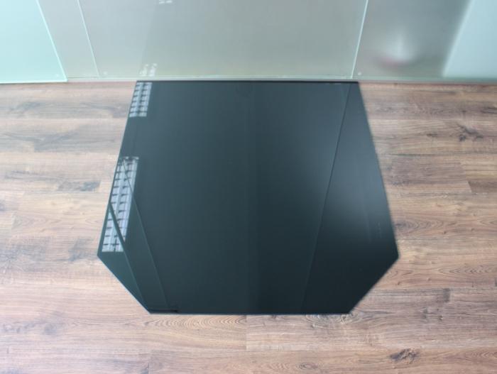 sechseck 100x110cm glas schwarz funkenschutzplatte kaminbodenplatte. Black Bedroom Furniture Sets. Home Design Ideas